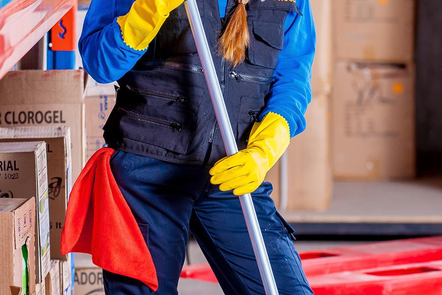 La UGT defiende que el acuerdo de Limpiezas cumple los objetivos sindicales prioritarios y acusa a ELA y LAB de actuar con deslealtad y engañar a las trabajadoras