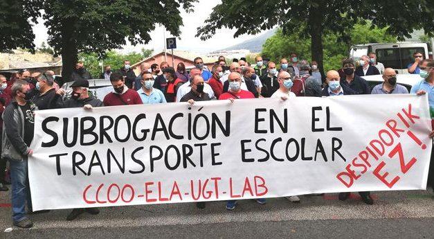 Concentración sindical para exigir que se incluya la subrogación en la nueva licitación del transporte escolar